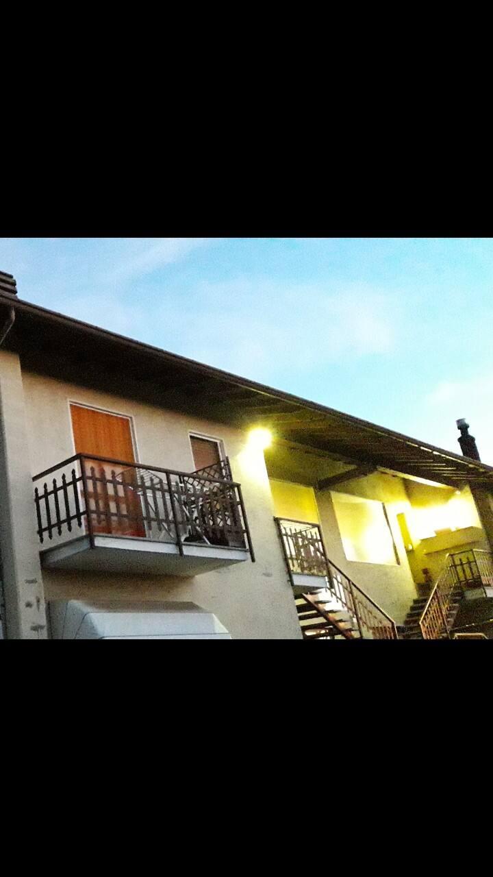 """Gattico-Veruno camera privata : """"la gialla"""""""
