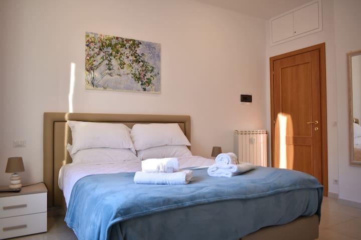 Bedroom 2: Double bedroom, private bathroom, air conditioning, wardrobe, desk, smart TV (NETFLIX subscription included), soundproof windows.