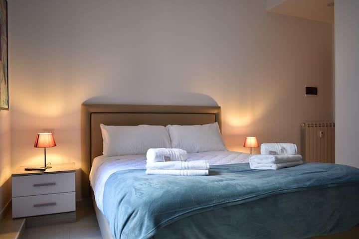 Bedroom 3: Double bedroom, private bathroom, air conditioning, wardrobe, desk, smart TV (NETFLIX subscription included), soundproof windows.