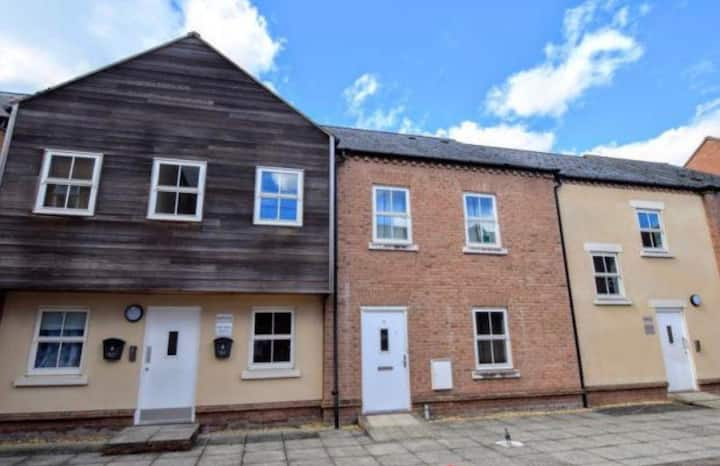 A 2 double bedroom flat in Fairford Leys