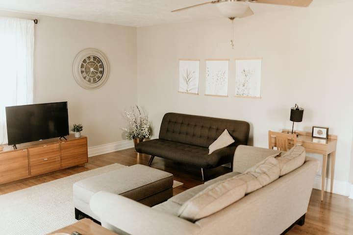 Spacious 2 Bedroom Apartment!