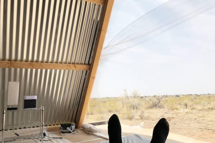 Sunset Hut with Solar Power Near Grand Canyon!