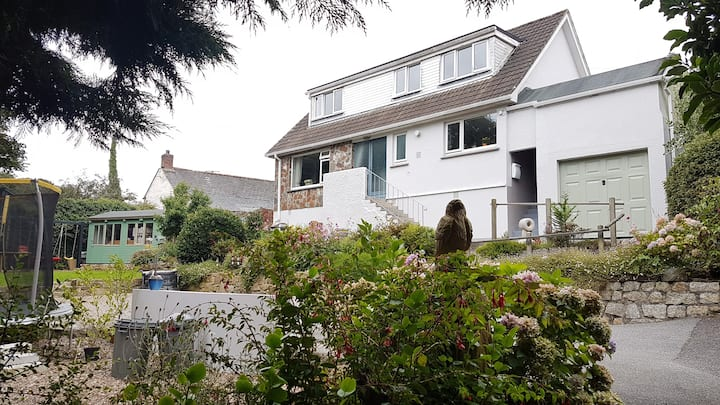 Cornish Family Home, nr Helston, in a quiet hamlet