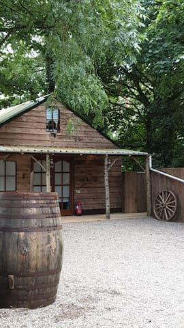 Honeybee Lodge