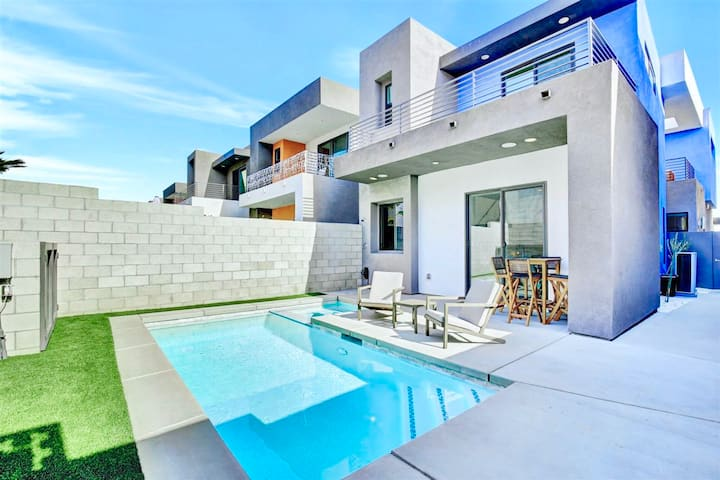 Gated Luxury Home Private Pool/Jacuzzi Downtown PS