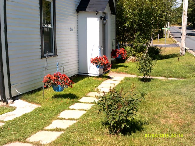 Beautiful St. George NB home 6 month rental