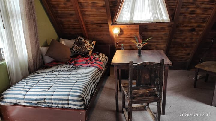2 Floor Chalet with living/dinning room