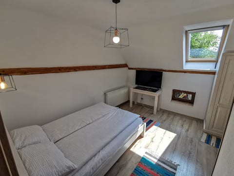 Otto's Guesthouse Room 2