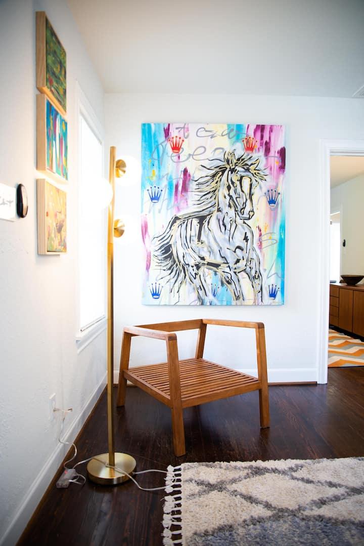 Fabulous Artist Home of Houston Heights