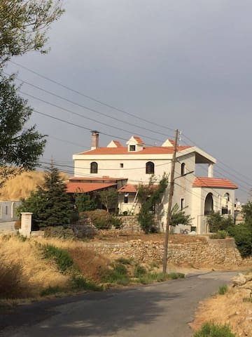 Villa w Bekaa valley view, calm residential area