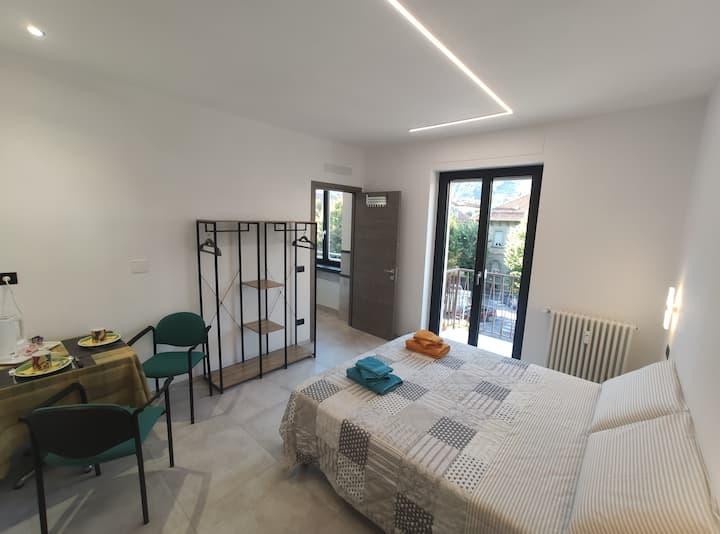 Stanza 15m2 con bagno privato - My Aosta Project