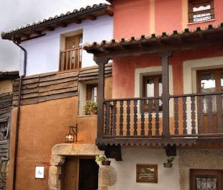 Apartamentos Rurales Los Vergeles - 1