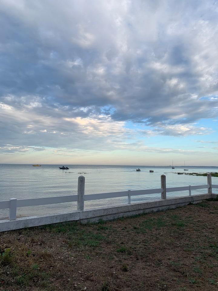 Cabane de charme front de mer - vue exceptionnelle