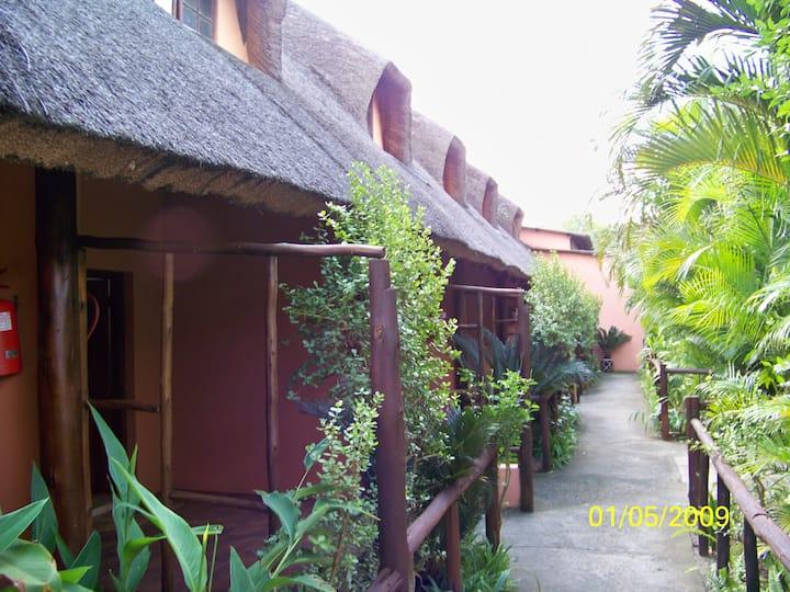 Umfolozi River Lodge & Bird Park-4 bed family Unit