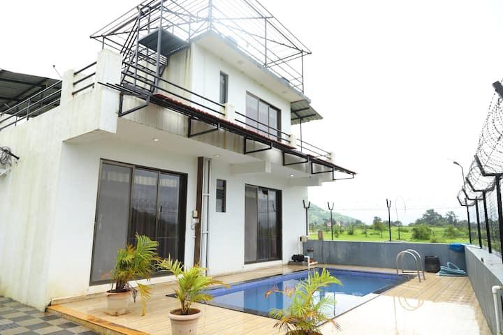 Aao Kabhi  - Killer Villa with Swimming Pool