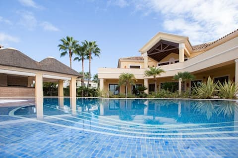 Exclusive Detached Villa in Topanga