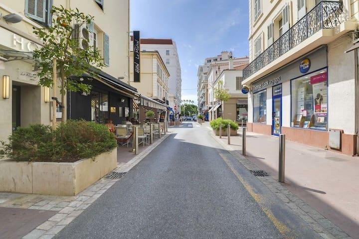 Cannes Studio in the city center (50m Croisette)#1