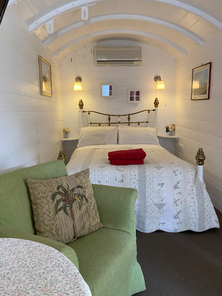 Kalamunda Carriages, Perth Hills B&B and Day Spa