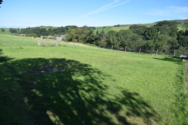 Private Motorhome/Camping pitch with Pennine views