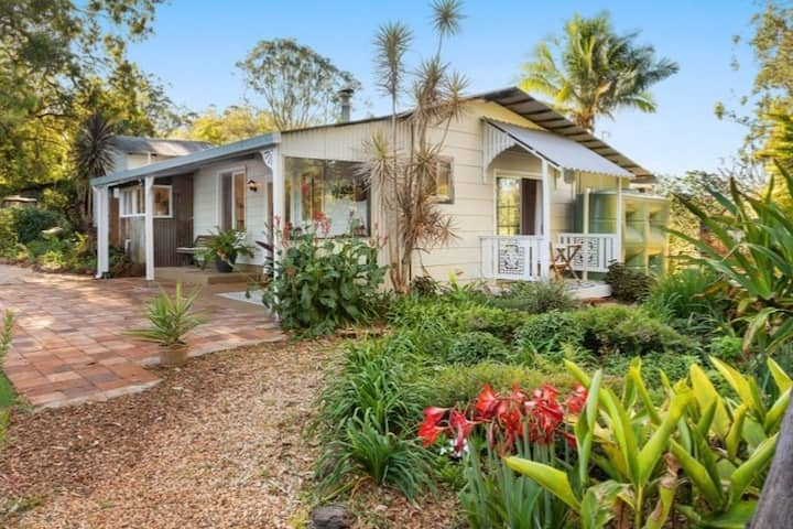 The Cottage @VintageGreen hinterland hideaway