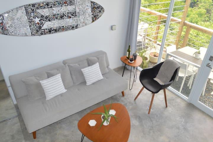 Clean & Spacious Studio Ocean View A/C TV 6