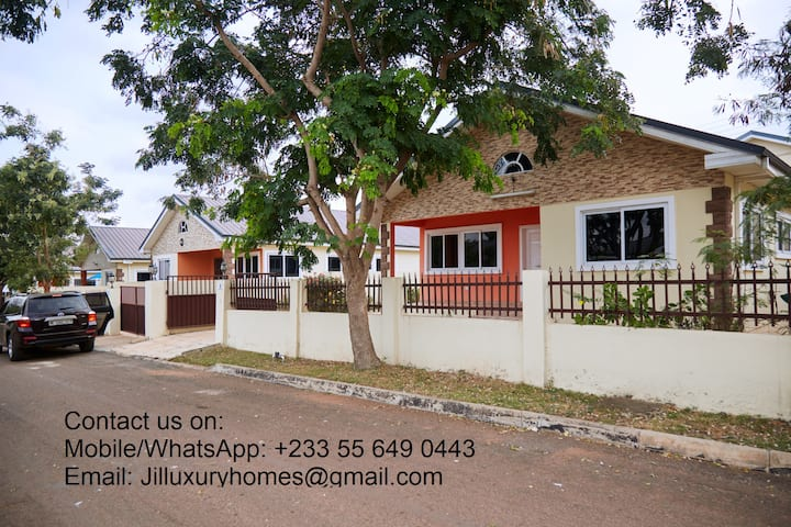 JIL Luxury Home (Oyarifa) - a cozy experience