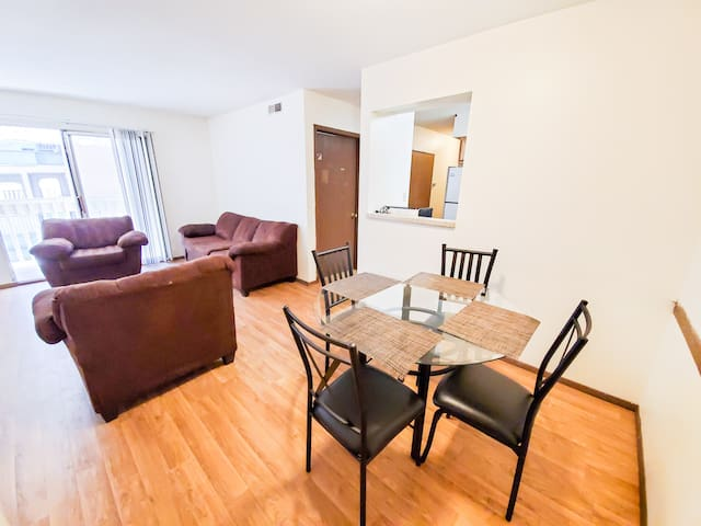 Entire 4 BR Apartment on Campus