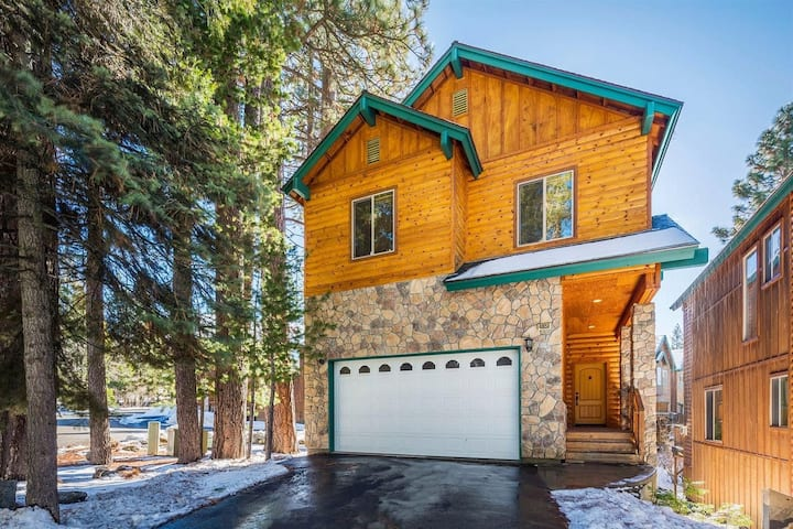 🌲Sierra Pines Villa🌲-NEW LISTING- Prime Location!