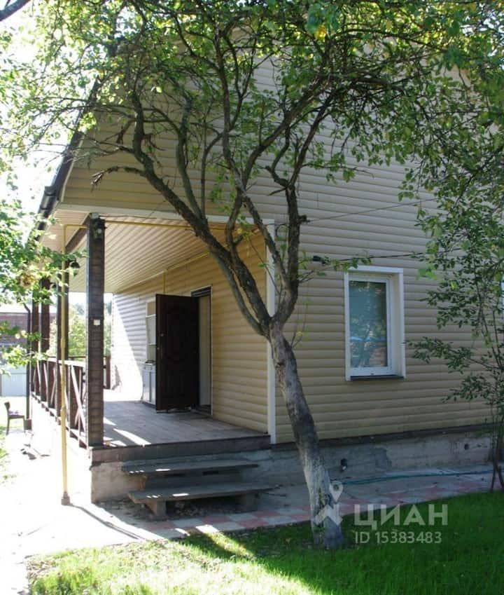 Дом в поселке Семхоз