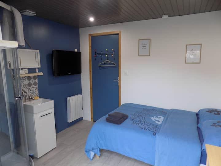 Petite chambre tout confort