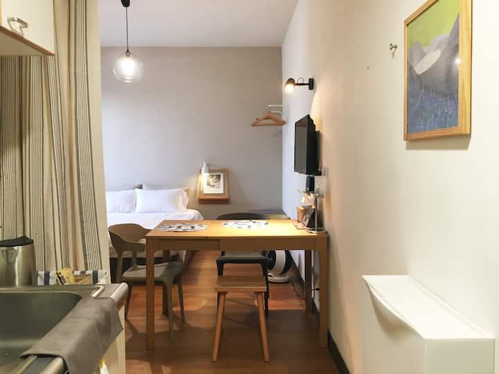 ♬ HAPPY FLAT 康小樂 ♬ 2-4人公寓式套房 散步老台南