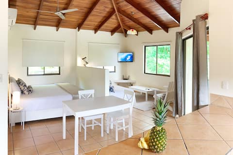 Tamarindo Studio #6 | Close to beach & town center