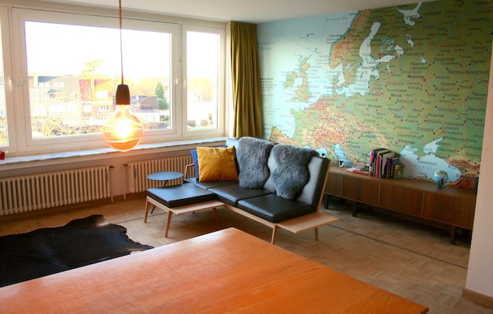 A sunny apartment with a view over Kortrijk