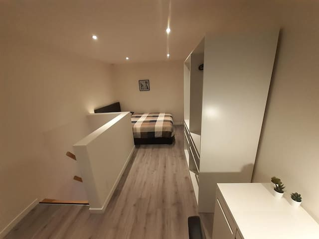 Overzicht slaapkamer eerste verdieping