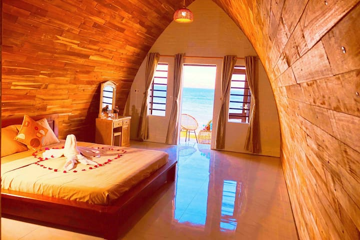 BUNGALAW DULUXE DOUBLE VIEW SEA QUY NHON