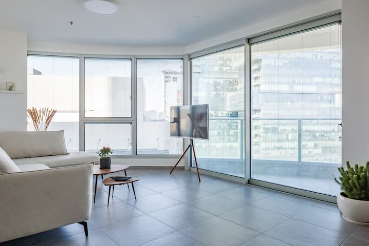 New&Stylish Apt in the new GINDI TOWER+PARKING