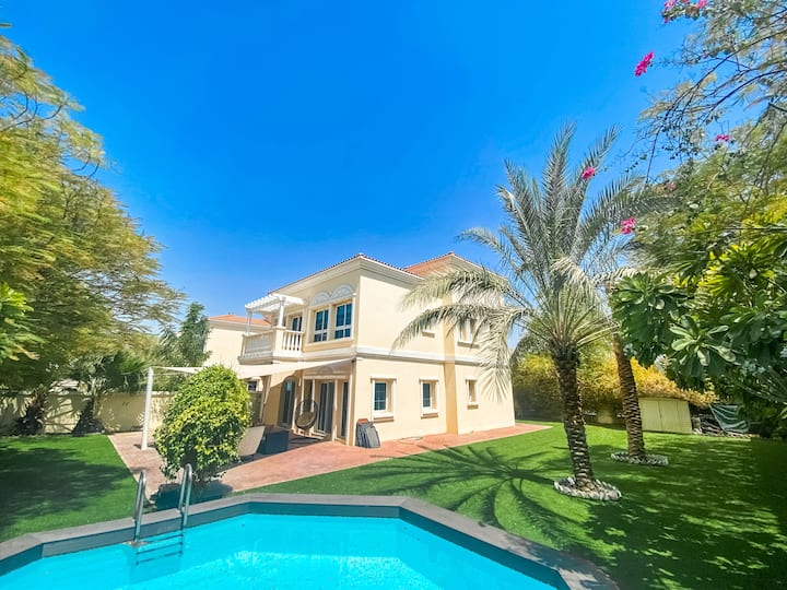 Spacious Two Bedroom Villa with Pool in JVT
