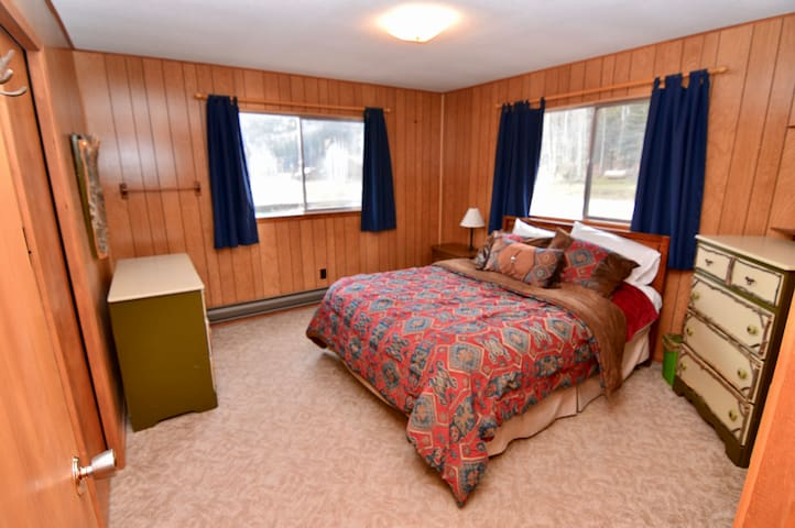 Second bedroom with queen bed; great views from windows.
