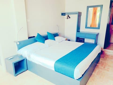 Apart Suite 4PAX! C/ Sofa cama 100m del Mar!