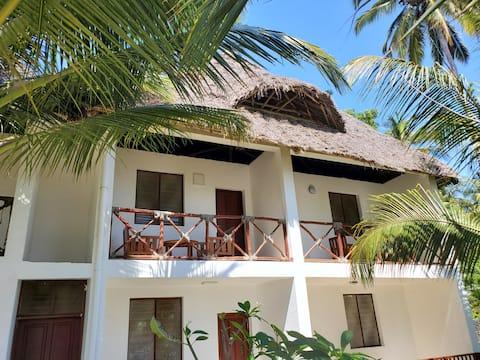 Beautiful beachfront apartment in Uroa