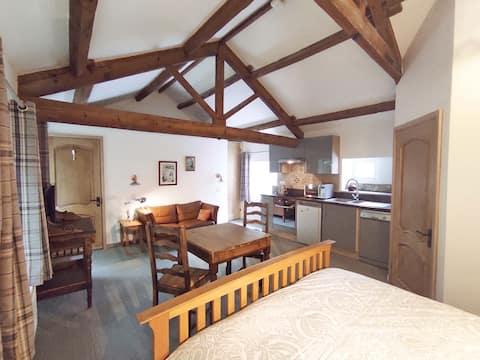 Upstairs at Headingley Hideaway