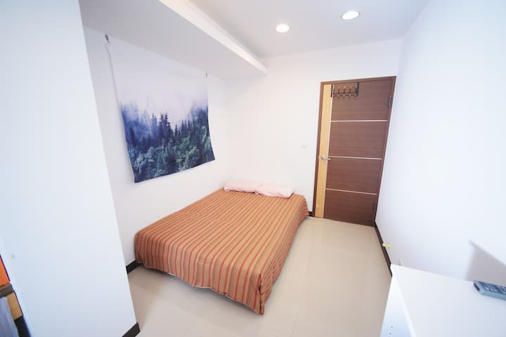 Cosy private room at LinGuang MRT near Xinyi & TSA