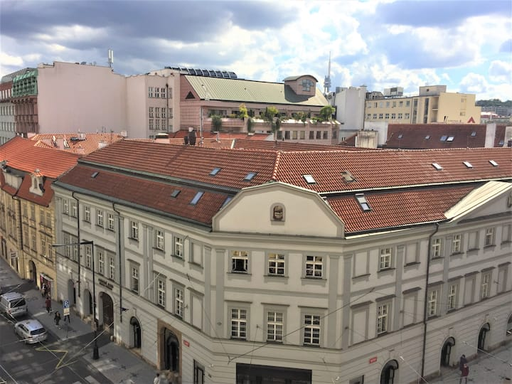 Large room in the center of Prague with nice view
