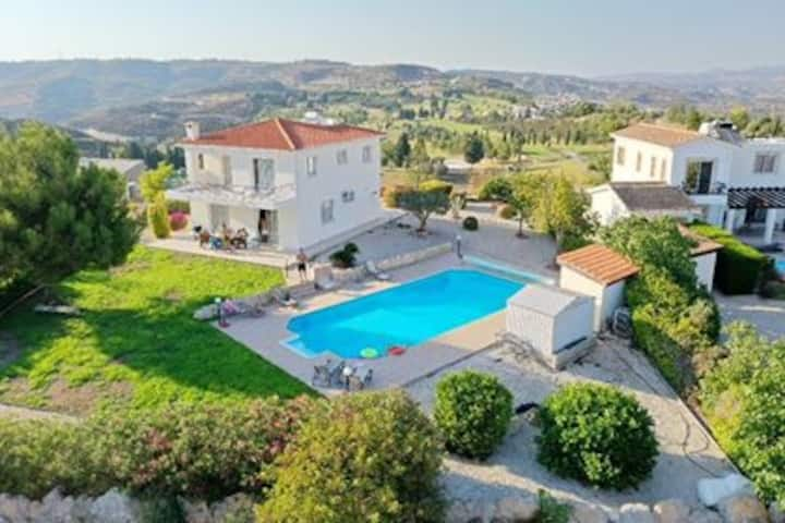 Luxury villa on Golf Resort with outstanding views