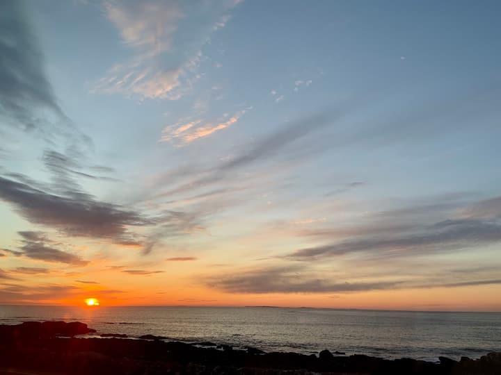 Cute ocean-side apt. with amazing views