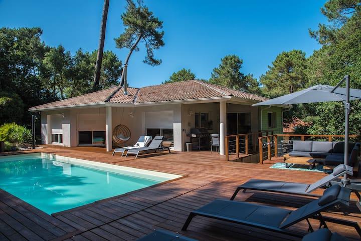 Hossegor Villa 5 ch.  rénovée, piscine, vue unique