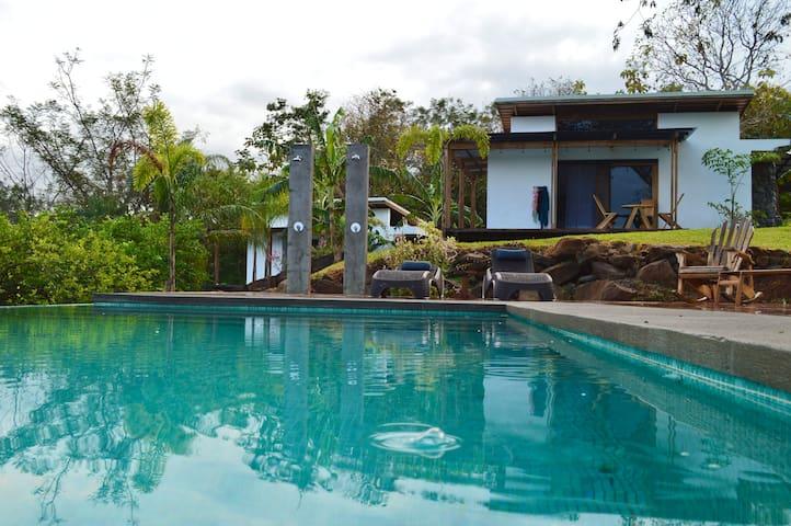 3 Villas de Lujo en un Oasis Selvático Asombroso