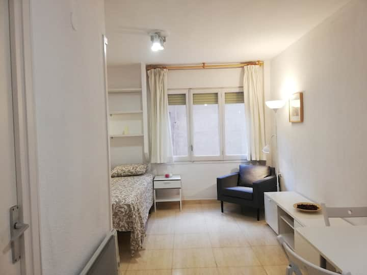 Comfortable Loft Studio in Hip Gracia