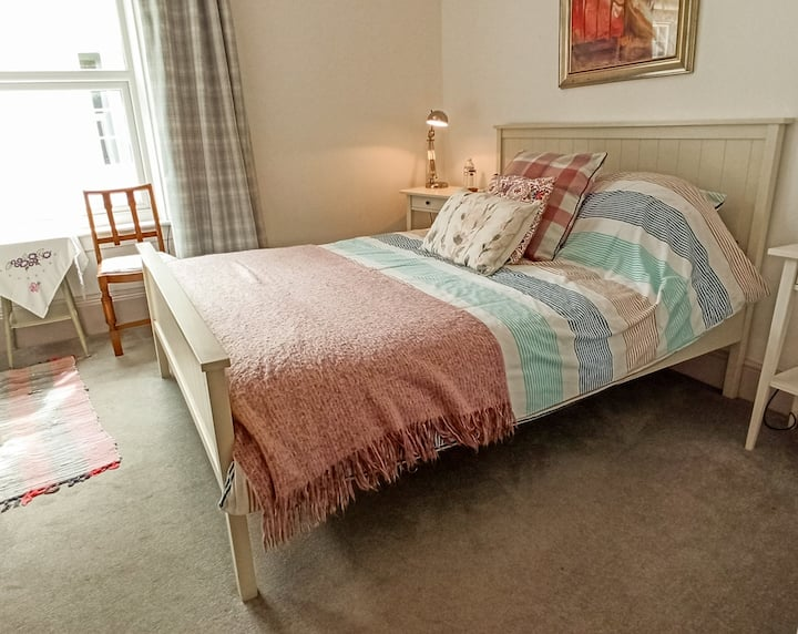Horseshoe Room, Double, En Suite | Falmouth Arms