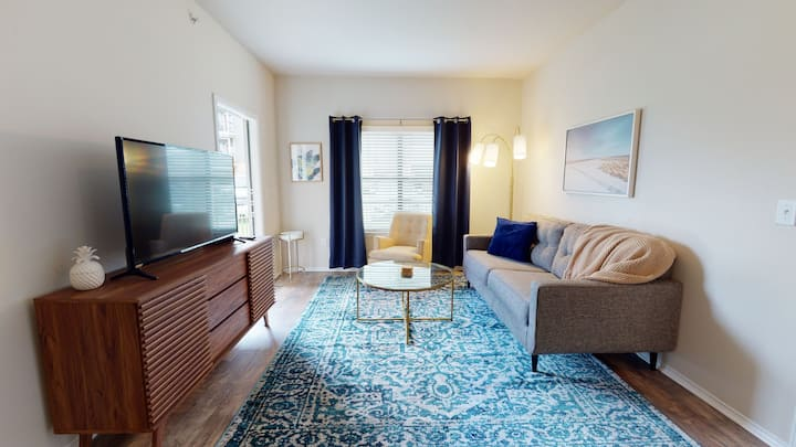 Brand New, Furnished Apartment | 1bed | 1bath